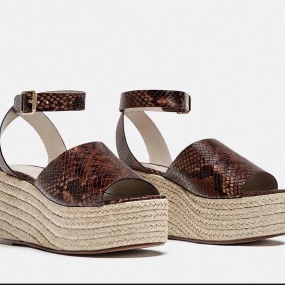 Zara snake embossed leather platform sandals NWOB